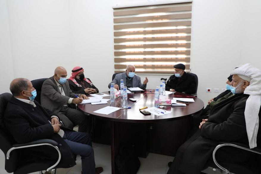 لجنة الداخلية بالتشريعي تعقد جلسة استماع لأبو نعيم