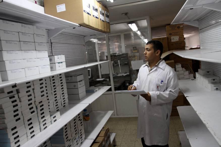 الصحة بغزة: المرضى يعيشون مرحلة غير مسبوقة جراء نفاد 52% من الأدوية التخصصية