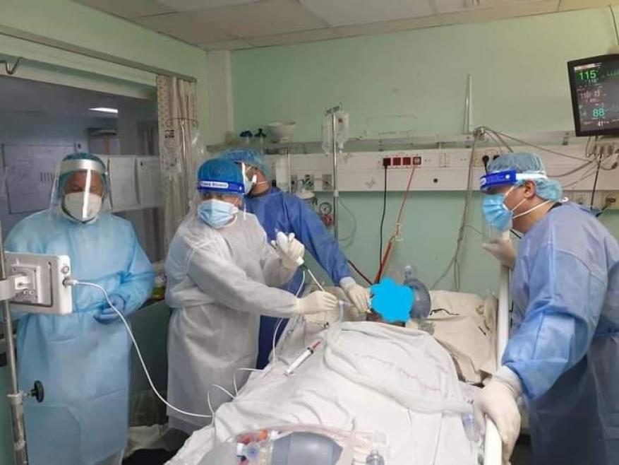الصحة بغزة: علاج الحالات الحرجة المصابة بكرورنا باستخدام تقنية المنظار