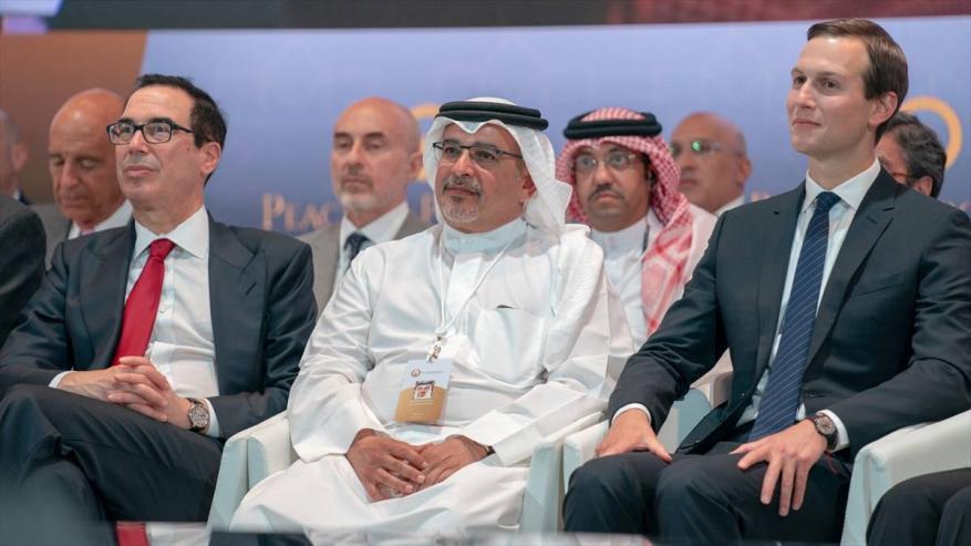 """""""الخارجية الفلسطينية"""" تحذر من خطورة مقترح عقد مؤتمر للسلام في كامب ديفيد"""