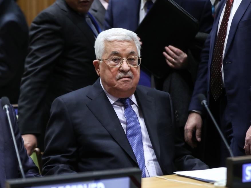 عباس يتسلم رسالة خطية من الرئيس الاميركي