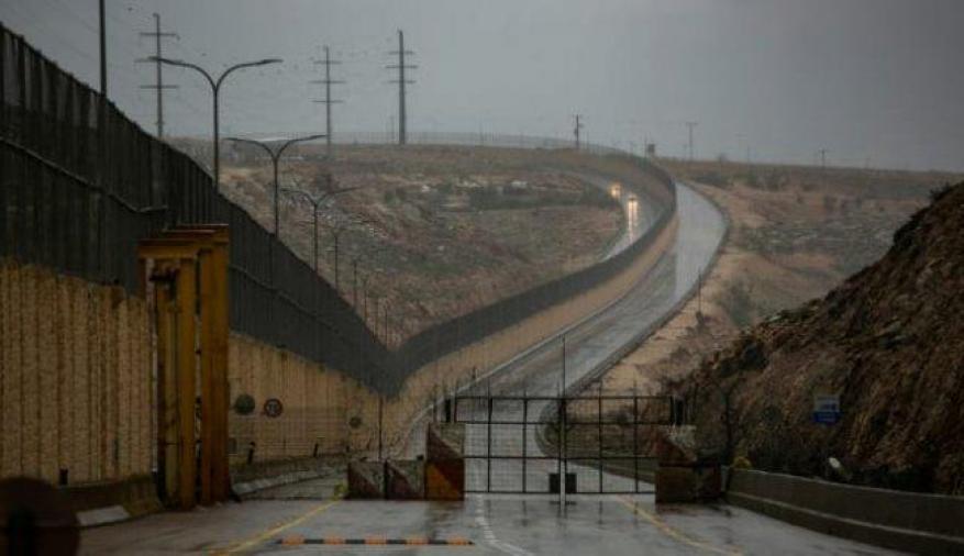 """الاحتلال يفتتح """"شارع الأبرتهايد"""" في القدس"""
