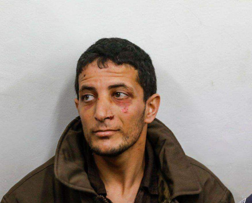 تظهر عليه آثار تعذيب.. الاحتلال يمدد اعتقال الأسير ارفاعية