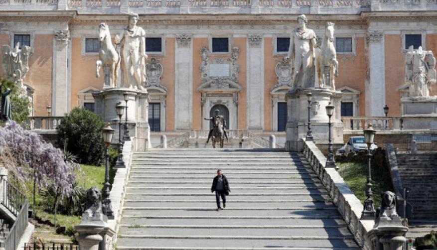 إيطاليا تسجل 542 وفاة جديدة بفيروس كورونا في تراجع للارتفاع اليومي