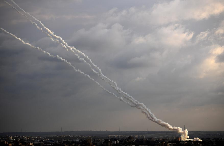المقاومة تواصل قصفها للمستوطنات الإسرائيلية بغلاف غزة وعسقلان