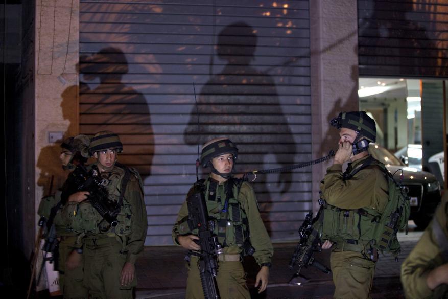أجبروا والدته على البحث عنه ليلا في مساجد البلدة.. هكذا اعتقل الاحتلال أحد المقاومين بالضفة