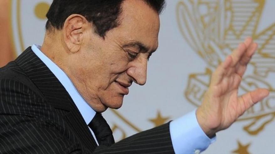 وفاة حسني مبارك.. تعرف على مسيرة حياته