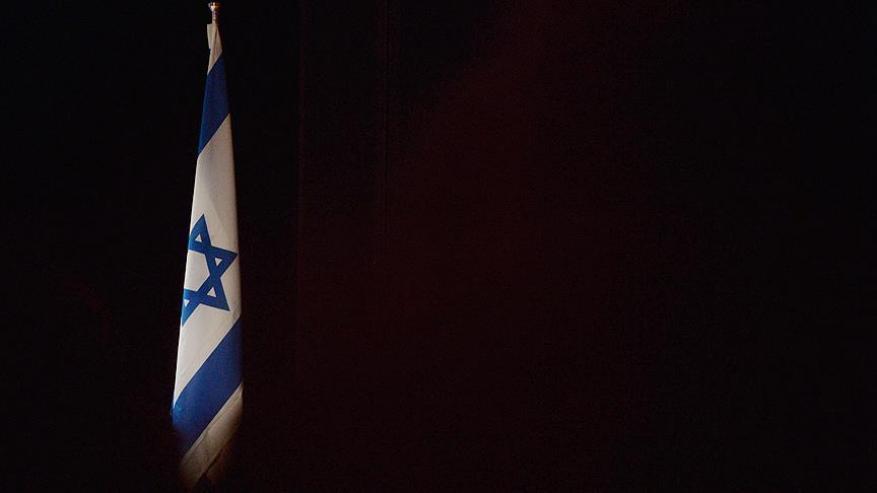 """بوليتكو: أنظمة عربية وخليجية تلهث نحو التطبيع مع """"إسرائيل"""" على حساب الفلسطينيين"""