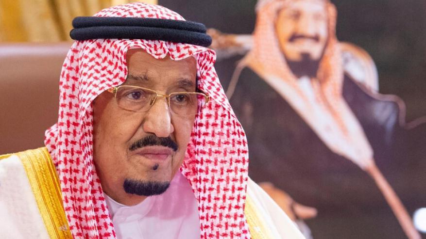 الملك السعودي يوافق على قرار بشأن الوافدين في السعودية