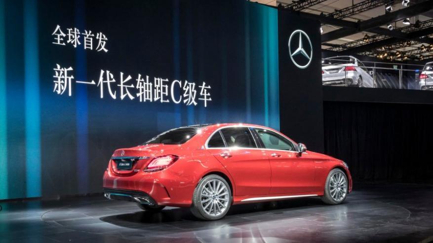 """""""مرسيدس"""" تسحب من الصين 660 ألف سيارة.. لهذا السبب"""