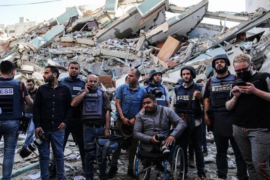 بعد قصف برج مدني بغزة.. أبو عبيــ.دة: على سكان تل أبيب والمركز أن ينتظروا ردنا المزلزل
