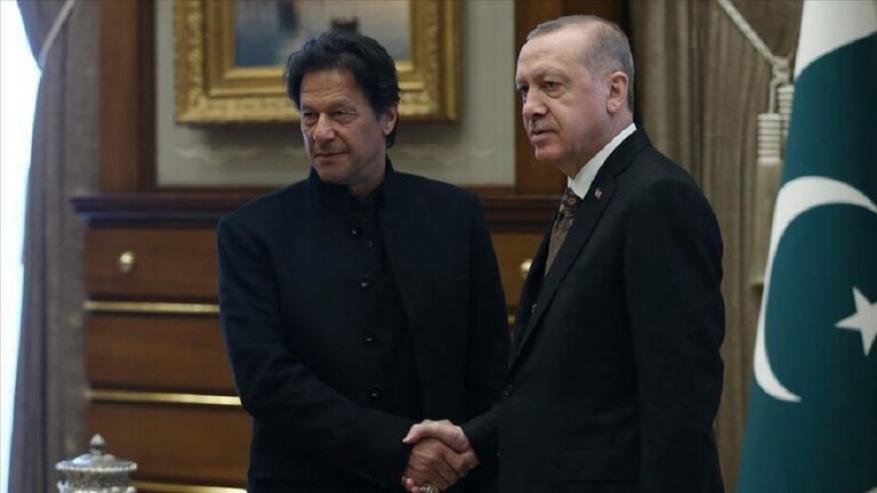 أردوغان يساعد خان للخروج من مأزق كبير