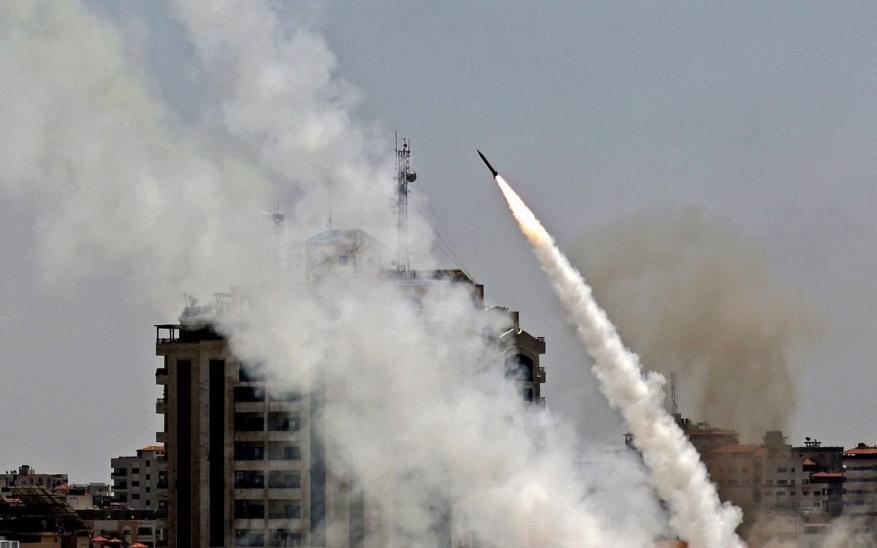 """قتيلان و20 إصابة في قصف القسام لـ""""أشكول"""""""