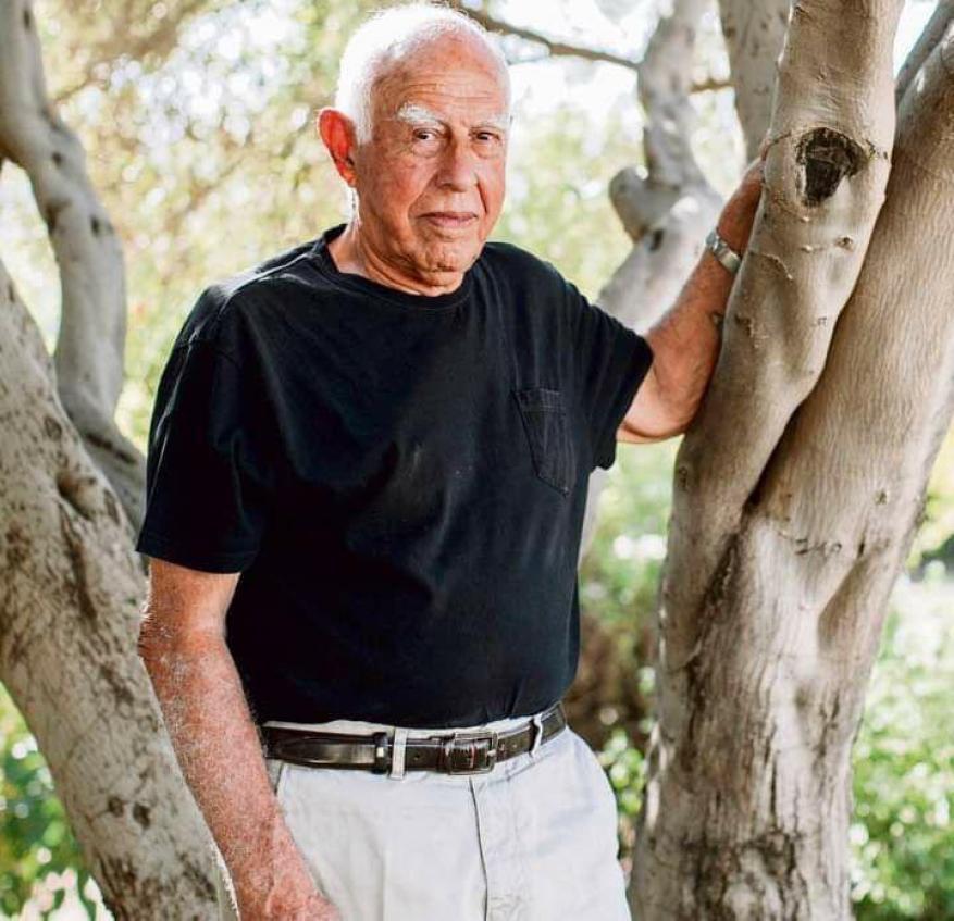 """بعد ساعات من تحقيق الجزيرة.. الإعلان عن وفاة مؤسس وحدة """"سييرت متكال"""" الإسرائيلية"""