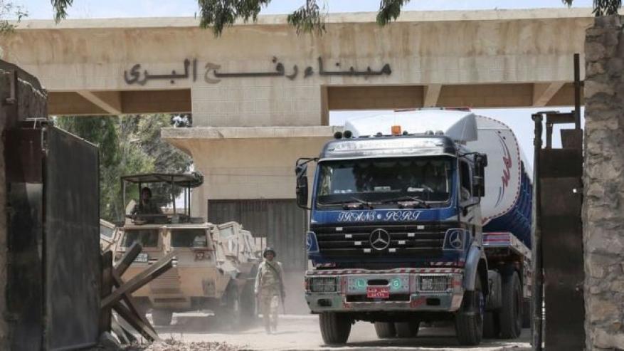 حماس لشهاب: بدء تشغيل المنطقة التجارية بين غزة ومصر بعد ترميم معبر رفح