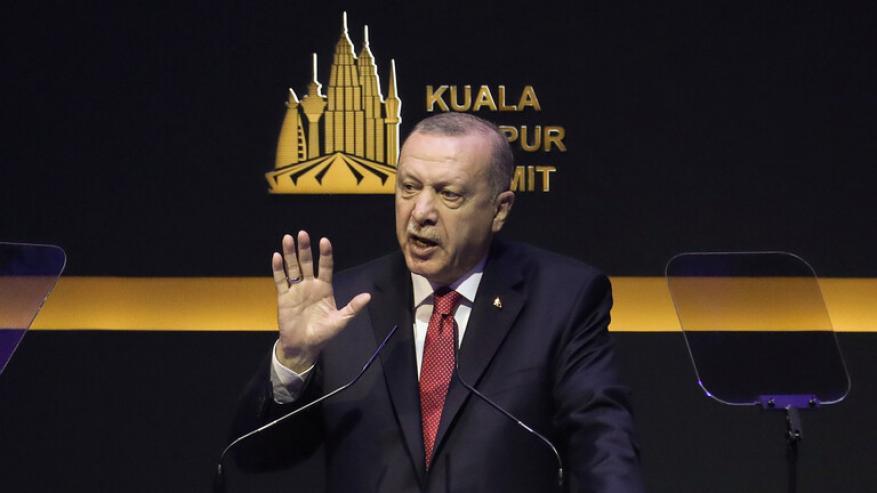 """""""رويترز"""": أردوغان يقول إن تركيا ترسل قوات إلى ليبيا"""