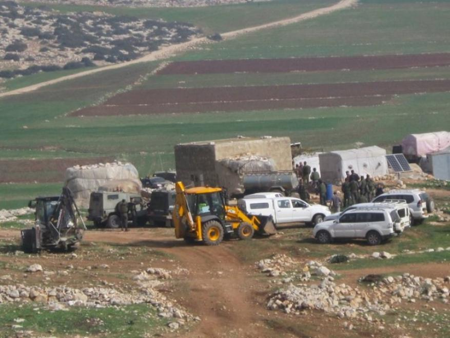 الاحتلال يخطر بإخلاء المواطنين بالقوة لإجراء تدريبات عسكرية في خربة ابزيق