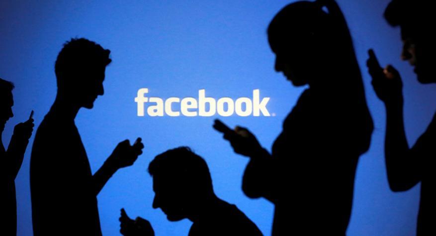 """""""فيسبوك"""" تقتبس خاصية مهمة من """"واتسآب"""" لتطبيق ماسنجر"""