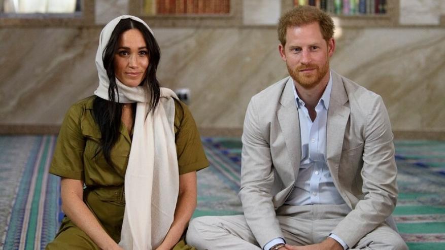 الأمير هاري وزوجته يقرران التخلي عن الملكية.. وهذا ما يحدث في قصر بكنغهام