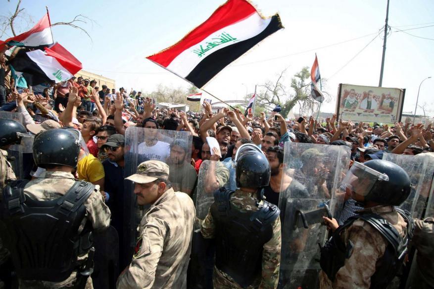 """الأمم المتحدة: استخدام الأمن العراقي لـ""""القوة الفتاكة"""" قتل 97 محتجًا"""