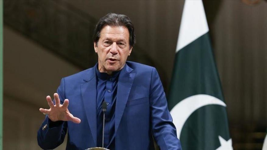 """عمران خان يدين اعتداءات الاحتلال على """"قبلة المسلمين الأولى"""""""
