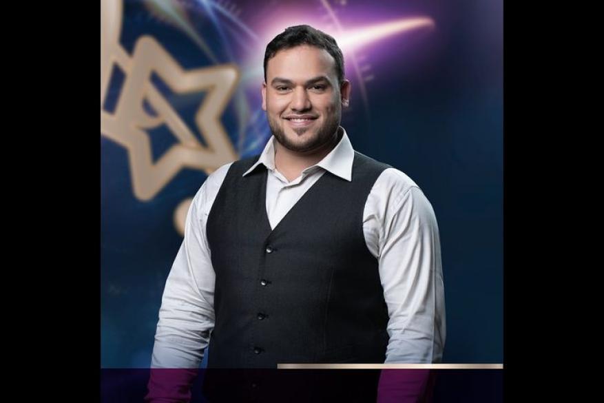 """الفلسطيني عبد المجيد عريقات ثانيًا في مسابقة """"منشد الشارقة"""""""