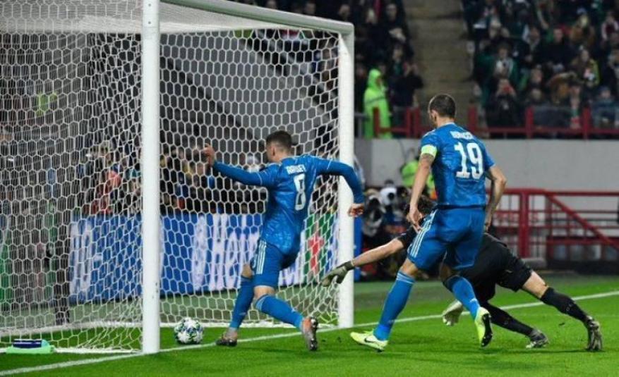 يوفنتوس الإيطالي يحجز مقعدًا في ثمن نهائي أبطال أوروبا