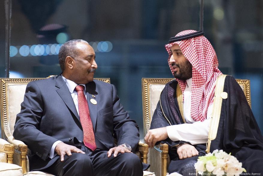 صحيفة: السعودية تتكفل بدفع تعويضات الخرطوم لتسريع التطبيع