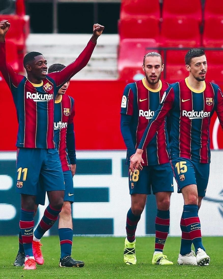 برشلونة يعود بفوز ثمين من ميدان إشبيلية