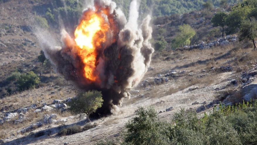 استشهاد طفل وإصابة آخر بانفجار قنبلة عنقودية من مخلفات الاحتلال بلبنان