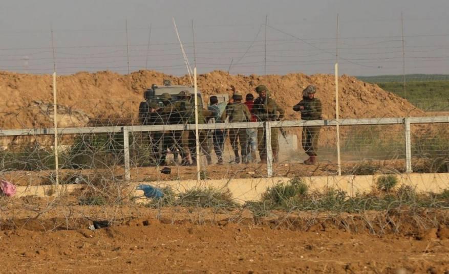 قوات الاحتلال تعتقل فلسطينيًا اجتاز السياج جنوب قطاع غزة
