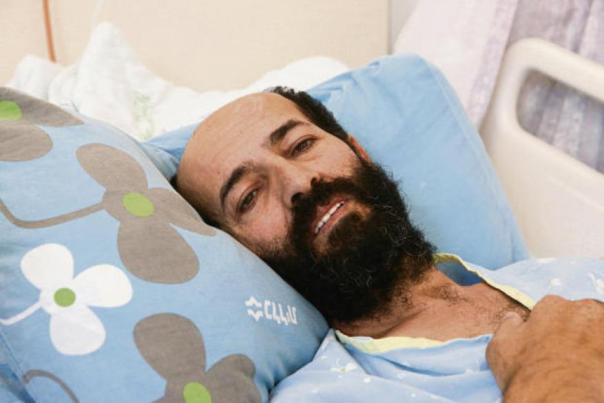 الحرية أو الشهادة.. 84 يومًا على معركة الأسير ماهر الأخرس في سجون الاحتلال