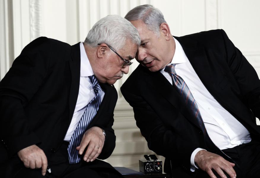 """قناة عبرية: نتنياهو يبعث رسالة إلى عباس عبر الموساد لاطلاعه على خطة """"الضم"""""""