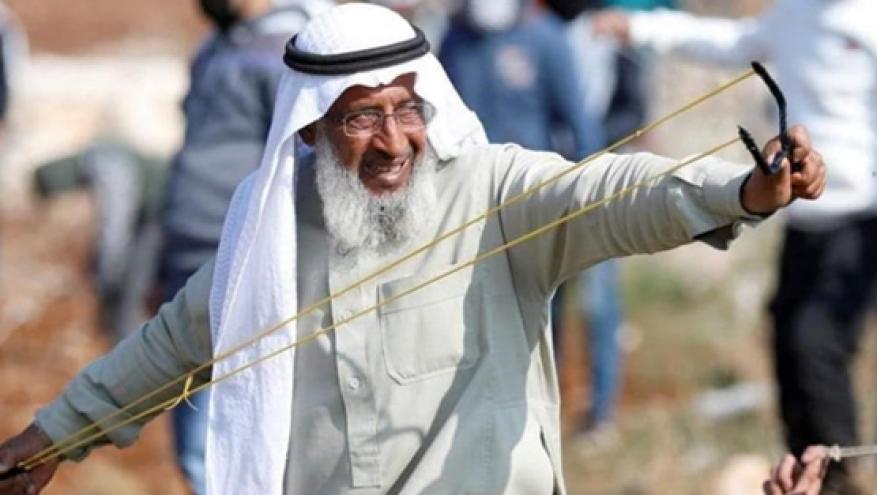 """الاحتلال يمدد اعتقال """"شيخ الجبل"""" 30 يوما ويصدر لائحة اتهام بحقه"""