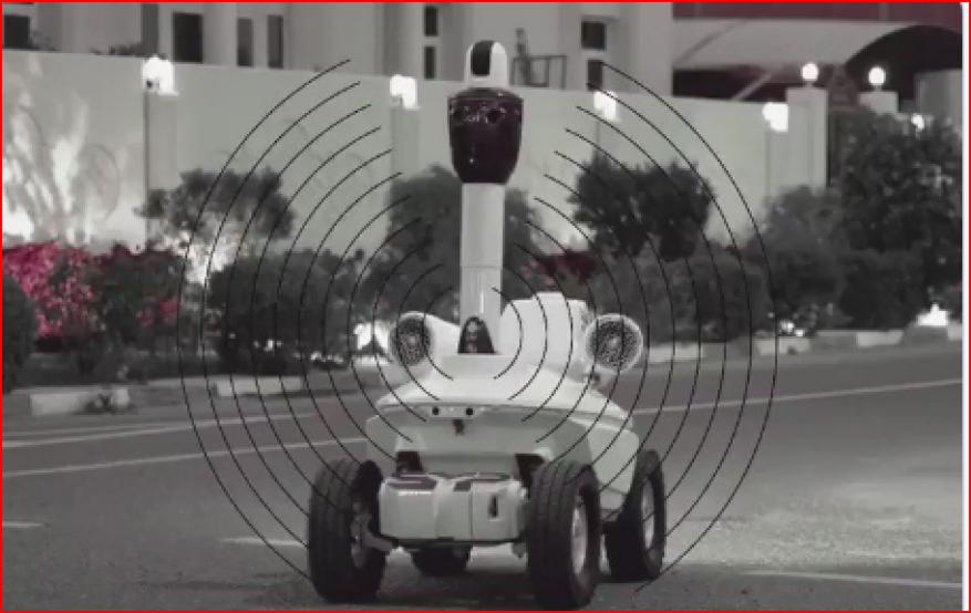 """شاهد قطر تستعين بالروبوت """"العساس"""" للتوعية بشأن كورونا"""