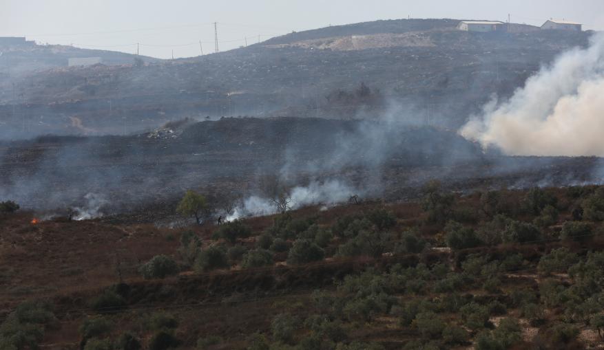 الاحتلال يتسبب باحتراق 14 دونما في المغير