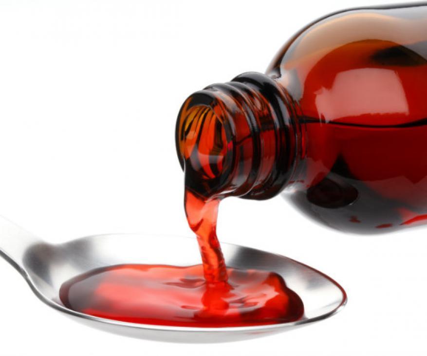 تحذير... تناول الأطفال أدوية الشراب بملاعق معدنية قد يكون قاتلا