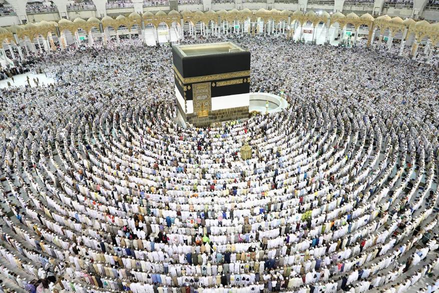 السعودية: سنتخذ إجراءات لمنع رفع شعارات سياسية أثناء الحج
