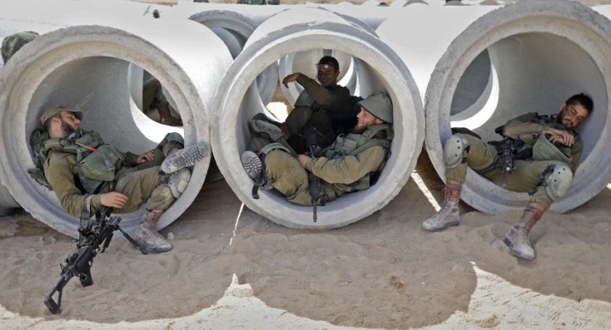 الاحتلال يفتح تحقيقًا عاجلًا بسرقة أسلحة من قاعدة عسكرية