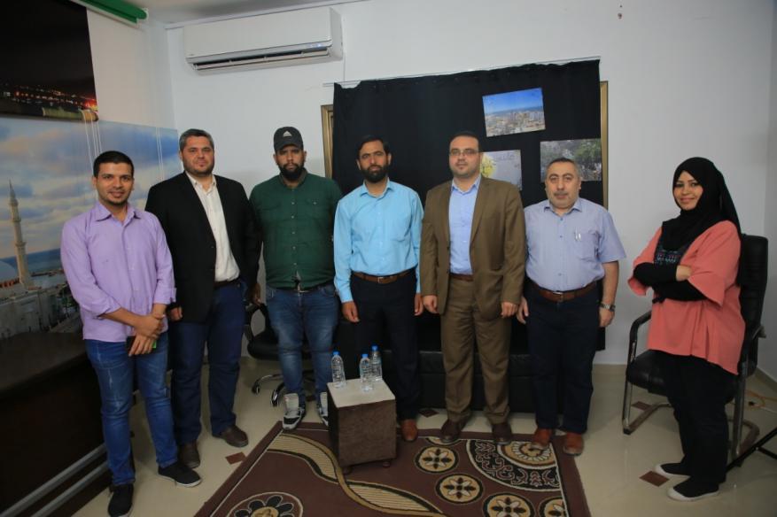 العلاقات الإعلامية في حماس تزور قناة النجاح وقناة معا بغزة