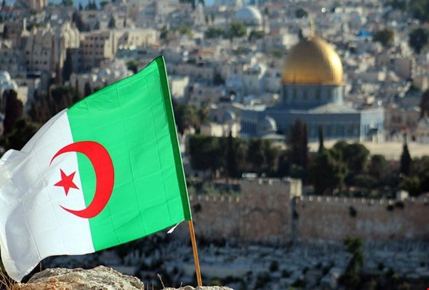 حكم بالسجن 4 أشهر.. فرنسا تقرر ترحيل جزائري رفض توصيل الطعام ليهود
