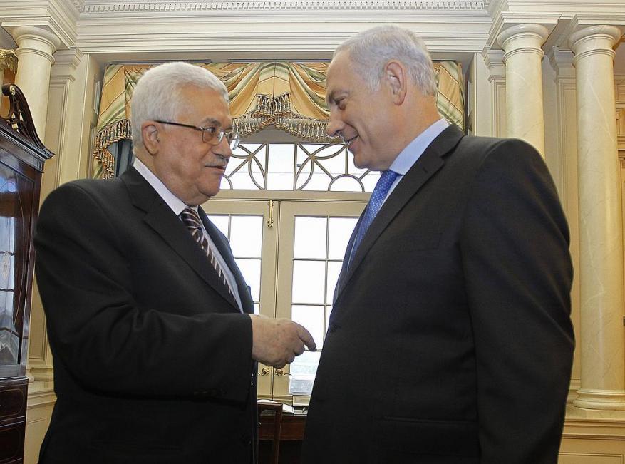عباس: الإسرائيليون قبلوا مبدئيا الجلوس معنا.. والسبب؟