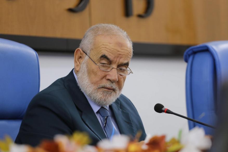 """بحر: المصالحة تبدأ برفع العقوبات وعلى المنظمة سحب الاعتراف بـ""""إسرائيل"""""""