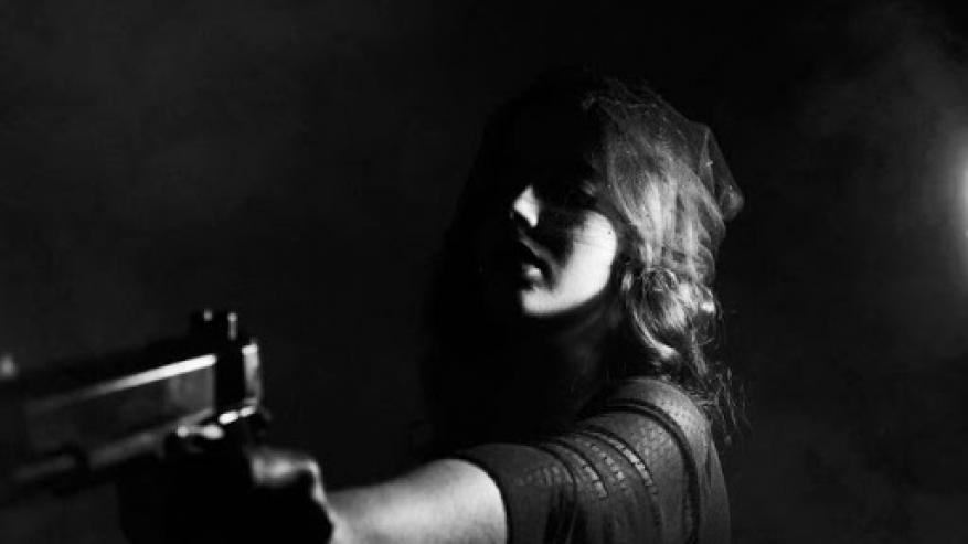 فتاة تقتل خطيبها لسرقة ذهبه وكانت الصدمة!