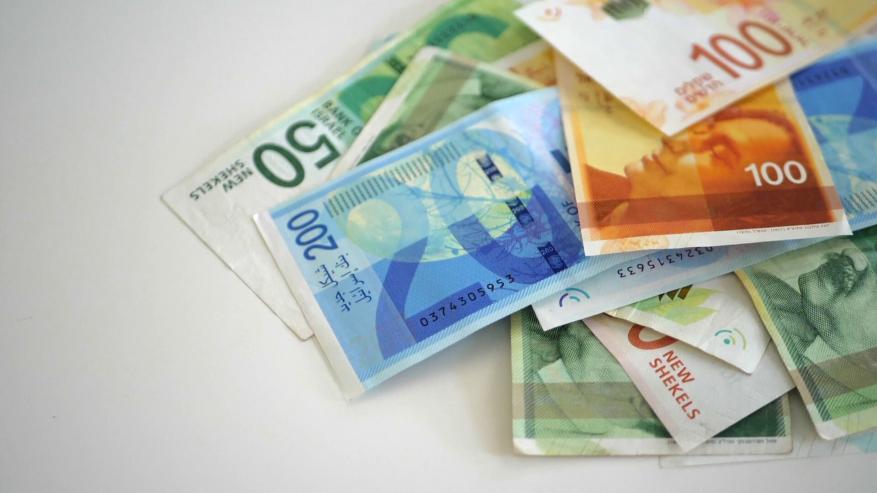 هل ستقبل السلطة باستلام أموال المقاصة بعد القرار الإسرائيلي بخصم فاتورة رواتب الأسرى؟