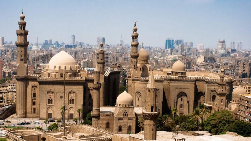 """مصر... """"خطأ"""" كاد أن يفسد صيام الملايين في يوم عرفة"""