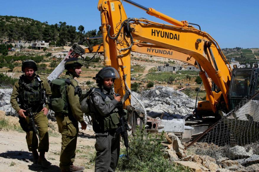 الاحتلال يهدم منزل شمال بيت لحم