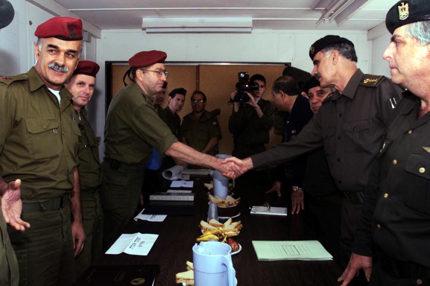 """هآرتس: حماس تسعى لعودة العمليات الفدائية والسلطة تمنع ذلك بالتنسيق مع """"إسرائيل"""""""