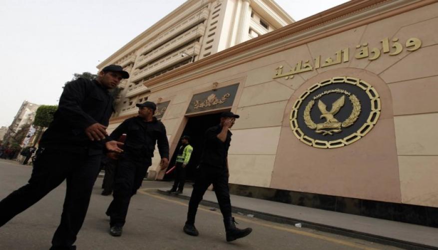 """مصر.. إخلاء سبيل """"شواذ"""" إثر توقيفهما 9 أشهر بتهمة الإرهاب"""