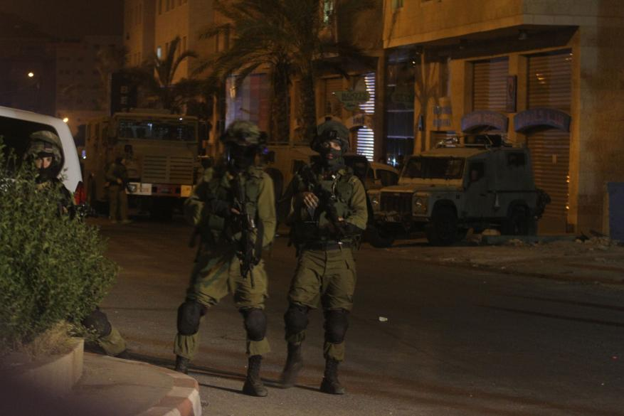 قوات الاحتلال تشن حملة اعتقالات بالضفة والقدس